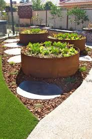 formboss raised planters building a