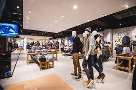 Eurocol BetonDesign | WE Fashion Gent | Shop Interior Design | http://www