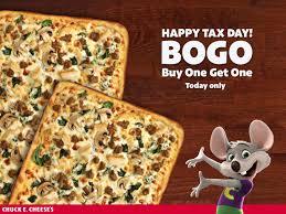 chuck e cheese pizza bogo