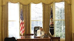 Office drapes Casual Photos Above Show That There Has Been Little Change To The Oval Office During The Obama Bush And Clinton Administration Shiningstars Family Resources President Obama Has Redecorated The Oval Office Middle Eastern Style