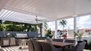 covered outdoor kitchen pergola