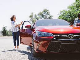 2017 Toyota Camry Trim Levels | Toyota of Naperville
