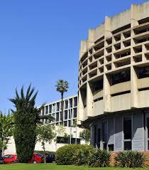 Universitat de Barcelona - Faculty of Economics and Business: A ...