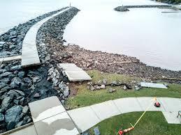 A Day After The Storm Damage Draws A Crowd To Lake Superior Shore