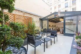 Hotel <b>Jardin</b> de Villiers, Paris, <b>France</b> - Booking.com