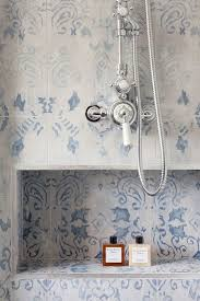 blue and white pattern wall tile