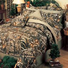 Max 4 HD Camo Comforter & EZ Bedding Sets