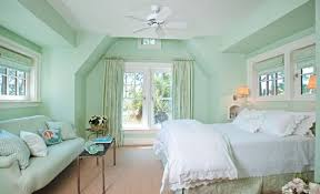 Bedroom colors mint green Room Mint Walls White Linens Notice How Much This Room Needs Warm Color Like Pinterest The 14 Best Bedroom Images On Pinterest Bedrooms Bedroom Ideas