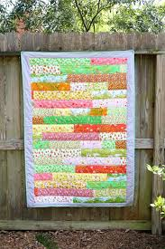 10 Fabulous Fat Quarter Quilt Patterns | FaveQuilts.com & Briar Rose Strip Quilt Tutorial Adamdwight.com