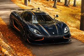 For example when you approach the car the doors will automatically unlock, and you can turn the engine on with the press of a button. Koenigsegg Agera Rs Best Hypercars Auto Express