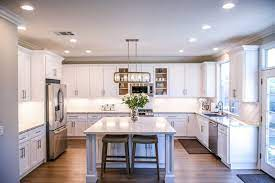 costs to paint kitchen cabinets d i y