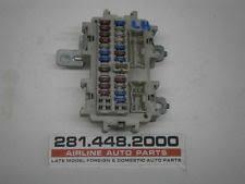 m fuse  06 infiniti m45 fuse box lh under dash 247589