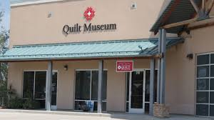 finds-quilts-golden/rocky-mountain-quilt-museum/delightful-qs.com ... & Rocky Mountain Quilt Museum Adamdwight.com