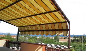 Tende Da Balcone In Plastica : Tende da sole per balconi terrazzi e attici tessuti originali