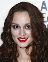 beautiful but the heavy monster look does not and should not be a normal leighton meesterbeautifulstylegrow oldmakeup mistakesswag