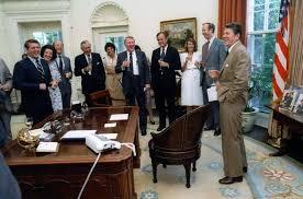 reagan oval office. Reagan Oval Office Desk