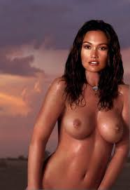 photo store Tia Carrere Nude In download