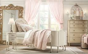 Luxurious Shabby Chic Bedroom Interior Decorating Ideas With White