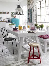 Weiß Angestrichene Esszimmermöbel Aus Holz Fliesenm
