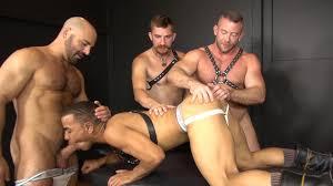 100 bareback free gay orgy pic