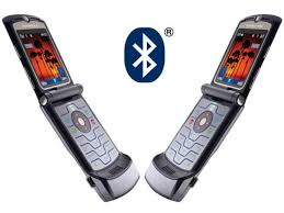 motorola razr v3i. bluetooth is a great way of sharing photos, videos and ringtones with friends via your motorola razr v3i, or backing up phonebook date book entries to razr v3i