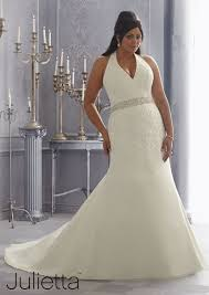 25 Stunning PlusSize Wedding Dresses For Every Style Of Nuptial Plus Size Wedding Dress Styles