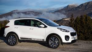 kia sportage 2000 white. kia sportage first edition 20 crdi 2016 review 2000 white
