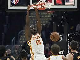 Erste Saisonniederlage für die Atlanta Hawks | Basketball