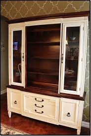 paint old china hutch she painted her china cabinet with old ochre chalk paint and