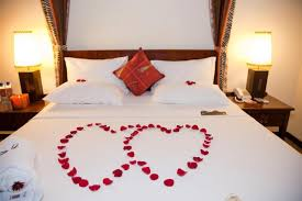 romantic hotel ideas for him 25 unique romantic surprise ideas on