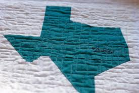 Out of the Attic: Quilting for the 'Pinterest' Generation | KUT & Modern Quilt Guild members chose Austin as the location of the first  QuiltCon. Adamdwight.com