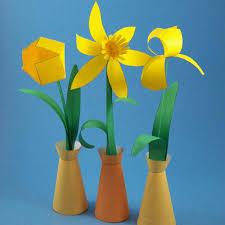 Flower Vase With Paper Paper Flowers In Simple Paper Vase Spring Flower Bouquet C Flickr
