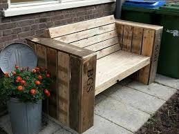 Tavoli Da Giardino In Pallet : Panchine da giardino economiche in pallet di legno bcasa
