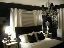 Green And Black Bedrooms Home Office With Accent Wall SurriPuinet - Beige and black bedroom