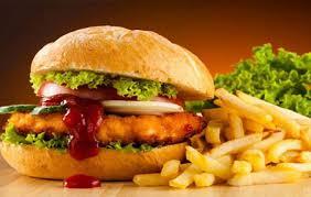 Đồ ăn nhanh rất được ưa chuộng ở Mỹ