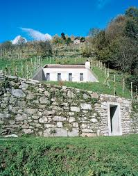Under Ground House Underground House The Antithesis To A House On A Slope