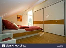 Modernes Schlafzimmer Modern Bedroom Stock Photo 21678931 Alamy