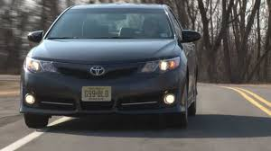 2012 Toyota Camry SE - Drive Time Review with Steve Hammes - YouTube