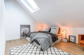 Ein helles grau ist eine schlichte, aber elegant wirkende wandfarbe für das schlafzimmer. 75 Schlafzimmer Ideen Bilder Dezember 2020 Houzz De