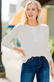 Casual Ivory Long Sleeve Henley Top - Boutique Tops – The Mint Julep  Boutique