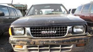 1993 isuzu amigo in california wrecking yard front view 2017 murilee martin
