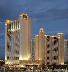 Las Vegas Two Bedroom Suites On The Strip Book Hilton Grand Vacations On The Las Vegas Strip Las Vegas