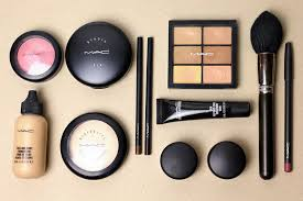 my mac cosmetics kit essentials
