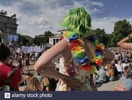 Milano Pride 2021 in Arch of Peace Square, Mailand, Lombardei. (Foto von  Luca Ponti/ Pacific Press Stockfotografie - Alamy