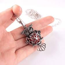 can open women retro locket necklace perfume fragrance essential oil diffuser necklace aromatherapy necklaces
