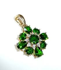 clip pendant 14 kt 585 gold 2 8 ct russian chrome diopside 0 08