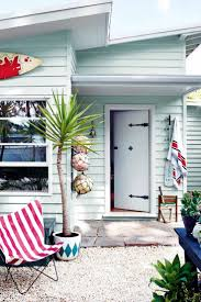 dulux paint colours exterior. beach-house-dulux-exterior-paint-jan15 dulux paint colours exterior i
