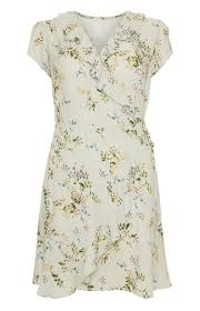 23 Gorgeous Wedding Guest Dresses For Spring Summer 2016 Fashion