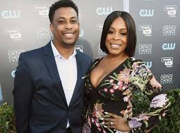 """Niecy Nash Says Police Tasered on Her Son for a """"Rolling Stop"""" - E ..."""