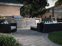 Outdoor Kitchen Fireplace Top 10 Outdoor Living Design Trends Outdoor Living By Belgard